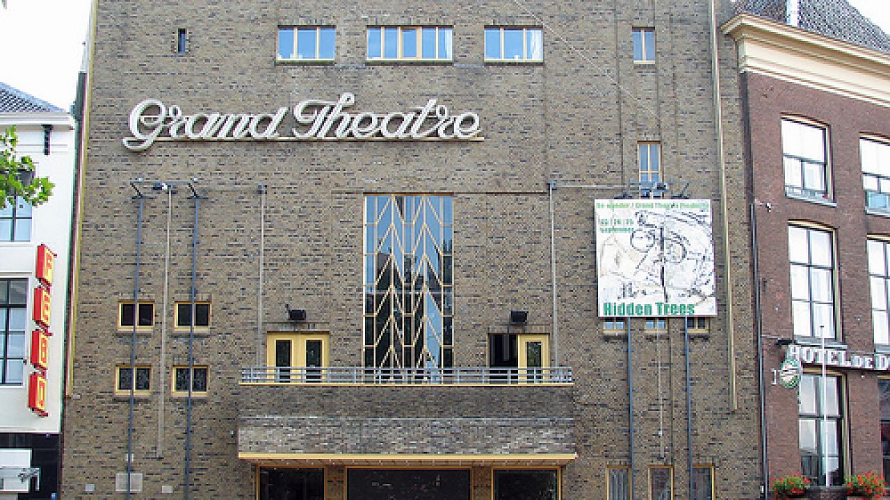 Tilburger Leo Pot buigt zich over failliet Grand Theatre